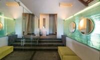 Villa Palm River Master Bathroom | Pererenan, Bali