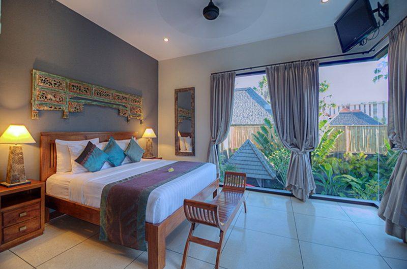 Villa Sundari Bedroom with Lamps | Seminyak, Bali