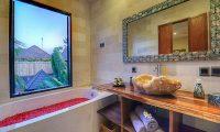 Villa Sundari Romantic Bathtub | Seminyak, Bali
