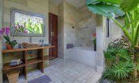Villa Sundari Bathroom Area | Seminyak, Bali