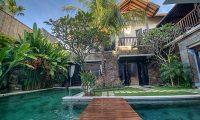 Villa Sundari Bridge | Seminyak, Bali