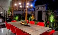 Esha Seminyak 2 Dining Area | Seminyak, Bali