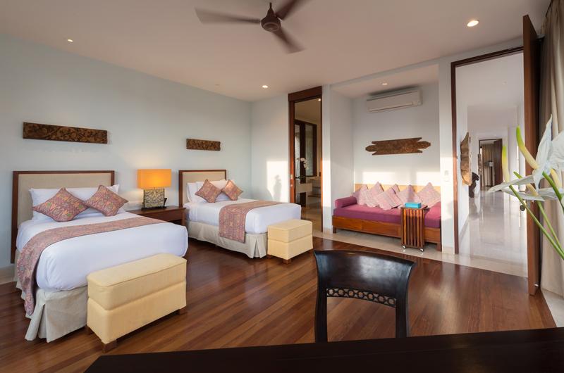 Pandawa Cliff Estate Villa Marie Twin Bedroom with Sofa | Ungasan, Bali
