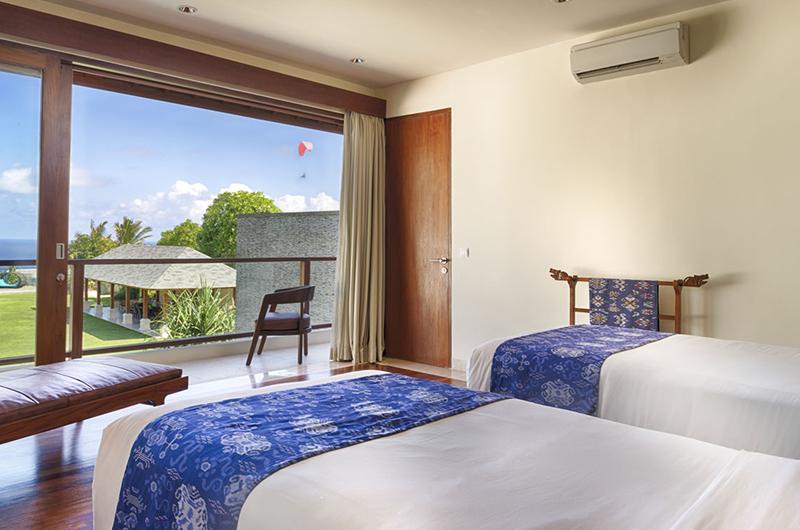 Pandawa Cliff Estate Villa Markisa Twin Bedroom with Balcony | Ungasan, Bali