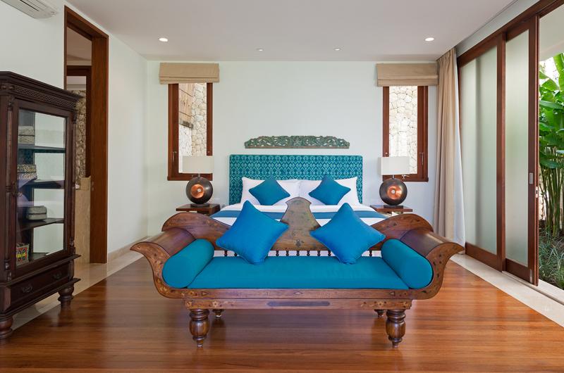 Pandawa Cliff Estate Villa Rose Bedroom with Wooden Floor | Ungasan, Bali