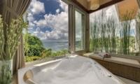 The Luxe Bali Bathtub | Uluwatu, Bali