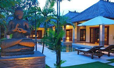 Villa Cinta Swimming Pool   Seminyak, Bali