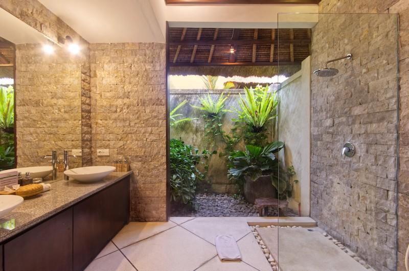 Villa Cinta Shower Area | Seminyak, Bali