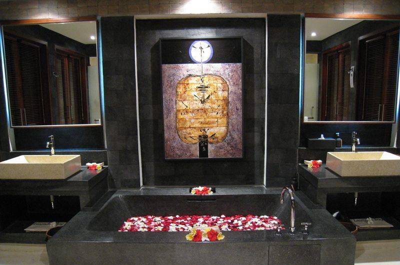 Awan Biru Villa Bathtub | Ubud, Bali