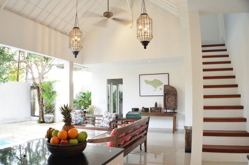 Santai Villa Living Area | Batubelig, Bali