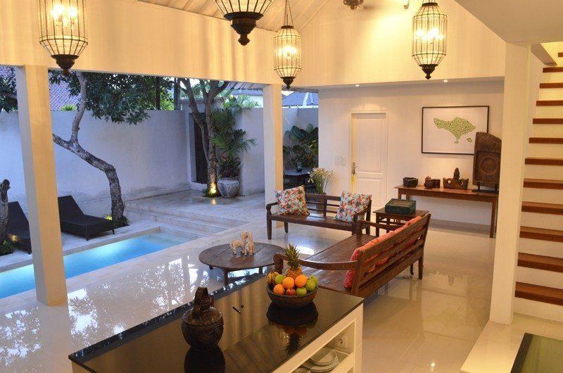 Santai Villa Open Plan Living Area | Batubelig, Bali