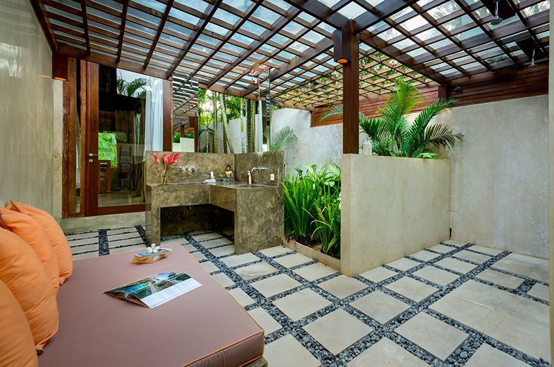 Shalimar Cantik Bathroom Area | Seseh, Bali