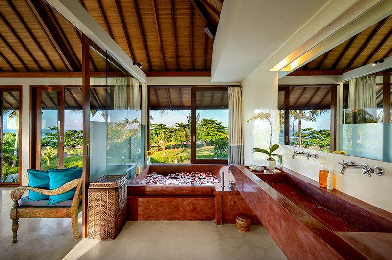 Shalimar Kalima Romantic Bathtub | Seseh, Bali