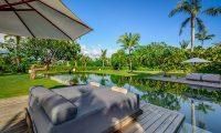 Shalimar Makanda Sun Beds | Seseh, Bali