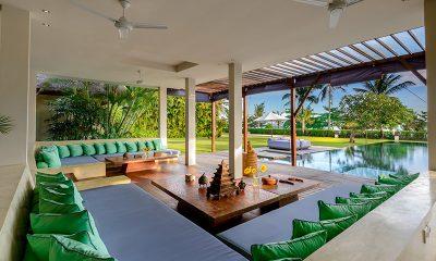 Shalimar Makanda Outside Lounge | Seseh, Bali