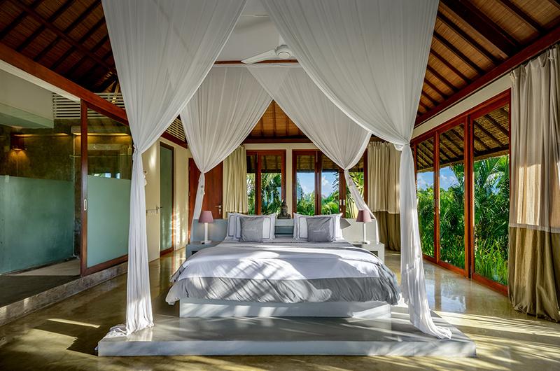 Shalimar Makanda Bedroom Area | Seseh, Bali