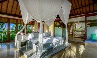 Shalimar Makanda Bedroom One | Seseh, Bali