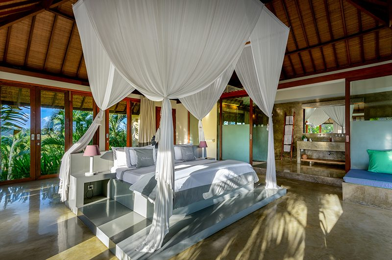 Shalimar Makanda Bedroom One   Seseh, Bali