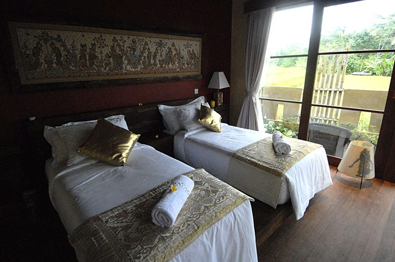 Villa Bayad Bedroom with Twin Beds | Ubud, Bali