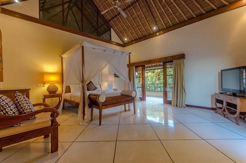 Villa Cemara Master Bedroom | Seminyak, Bali