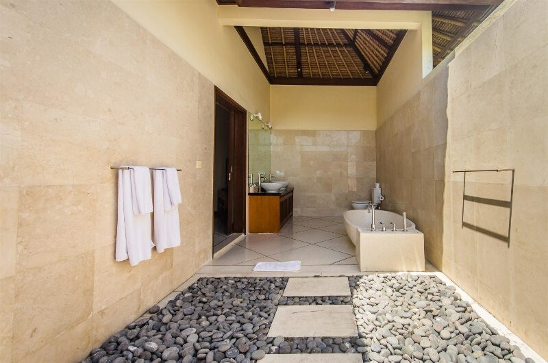 Villa Cemara Bathtub | Seminyak, Bali
