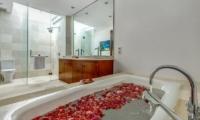 Villa Oceana Bathroom | Candidasa, Bali