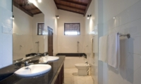 Ocean's Edge Bathroom | South Coast, Sri Lanka