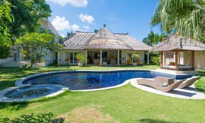 Casa Lucas Sun Deck | Seminyak, Bali