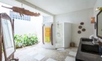 Casa Lucas Open Plan Bathroom | Seminyak, Bali