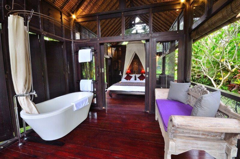 Jendeladi Bali