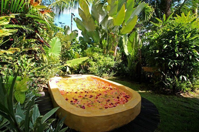 Own Villa Outdoor Bathtub | Umalas, Bali