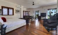 Villa Manis Bedroom | Pererenan, Bali