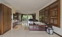 Villa Manis Bathroom | Pererenan, Bali