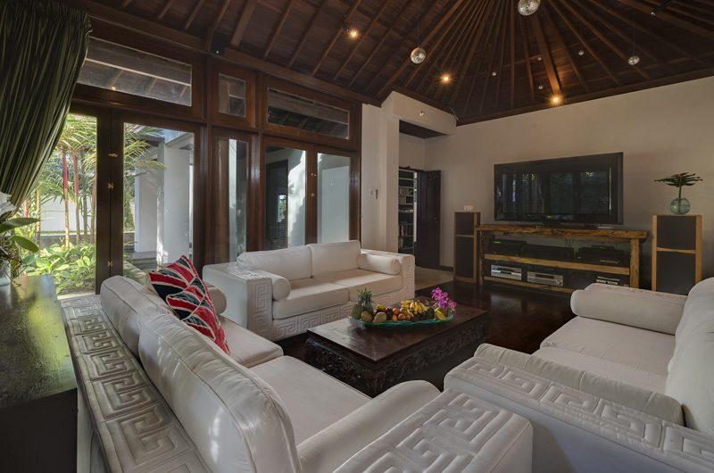 Villa Manis Lounge Room | Pererenan, Bali