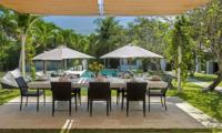 Villa Manis Pool Side Dining | Pererenan, Bali
