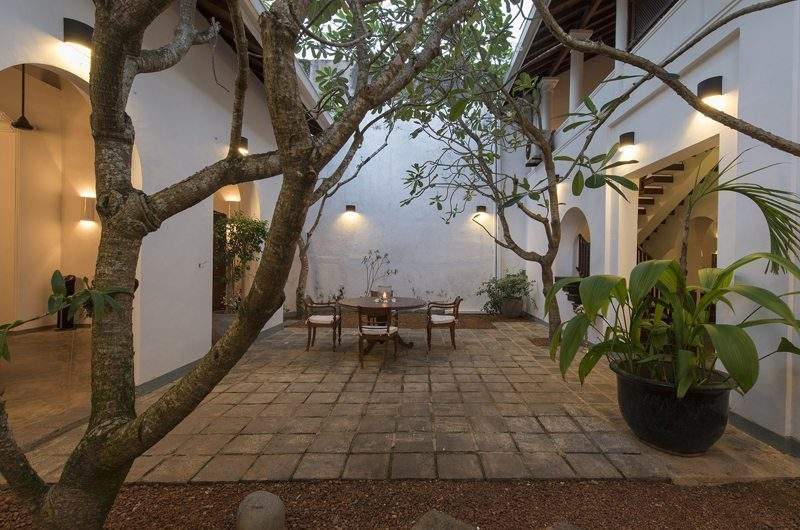 Ambassador's House Outdoor Dining | Galle, Sri Lanka