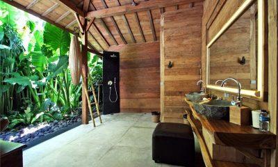 Bali Ethnic Villa Bathroom   Umalas, Bali