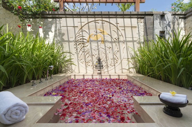 Kaba Kaba Estate Romantic Bathtub Set Up | Tabanan, Bali