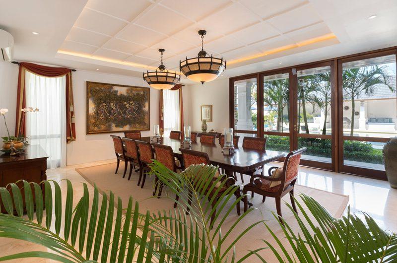 Windu Villas Villa Windu Asri Indoor Dining Area | Petitenget, Bali
