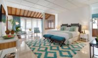 Windu Villas Villa Windu Asri Bedroom with Seating Area | Petitenget, Bali