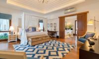 Windu Villas Villa Windu Asri Bedroom and En-suite Bathroom | Petitenget, Bali
