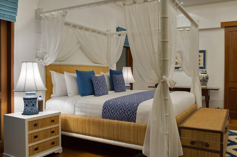 Windu Villas Villa Windu Asri Bedroom with Table Lamps | Petitenget, Bali