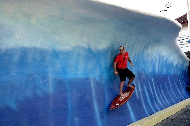 surfing-kuta-bali