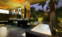 Ivilla Master Bedroom | Petitenget, Bali