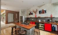 Villa Liang Kitchen Area | Batubelig, Bali