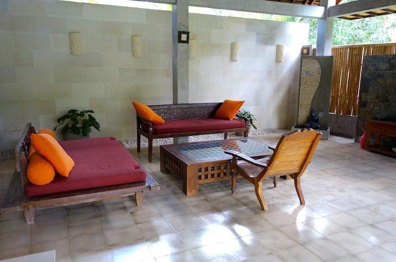 Villa Liang Lounge | Batubelig, Bali
