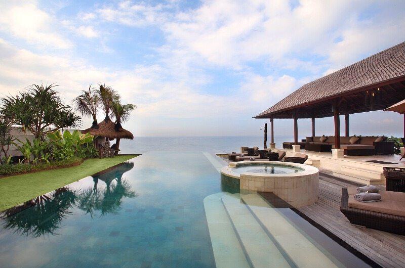 Villa Rosita Pool Side | Klungkung, Bali