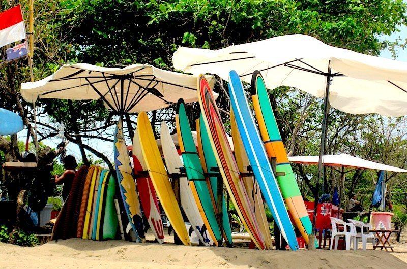 Bali-hiring-surfboards-in-bali