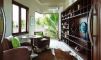 Villa Umah Daun Lounge | Umalas, Bali