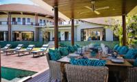 Villa Umah Daun Outdoor Dining | Umalas, Bali